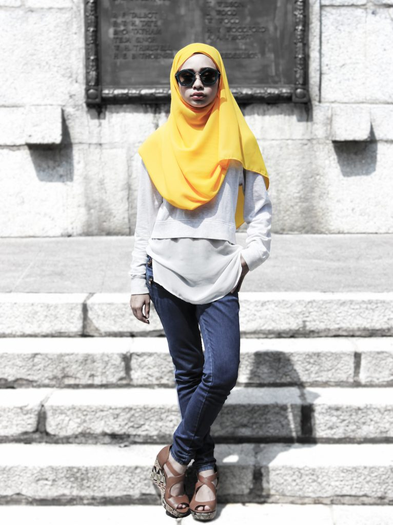 16-yellow-jeans