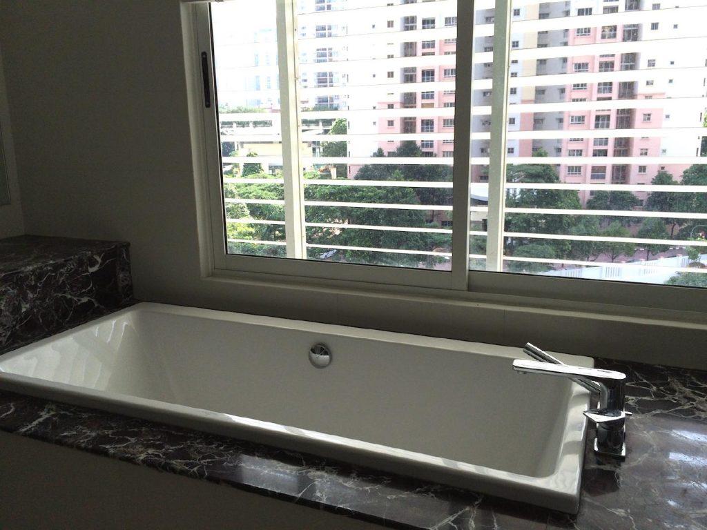 10-bath-tub2