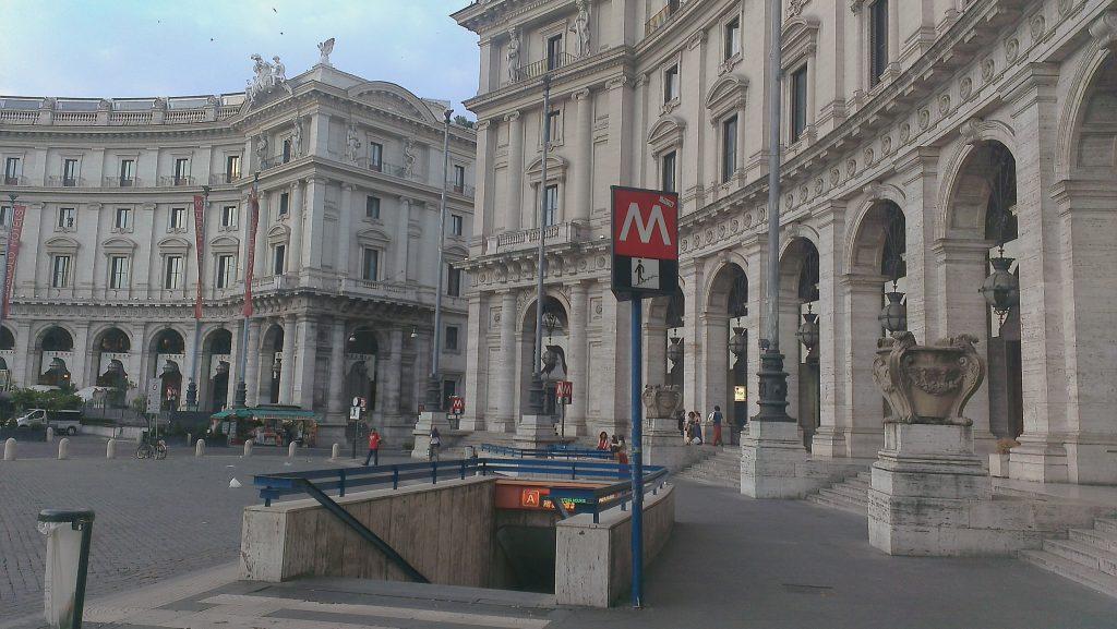 roma4-metro-stazione-reppublica